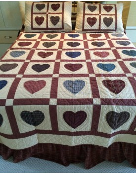 Hearts Multicolor in Butterscotch Background Quilts