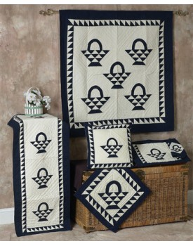 Basket Navy Off White Quilts